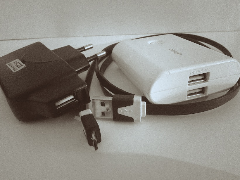 USB chargers with USB cable
